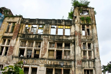 LOST PLACES IN INDONESIEN